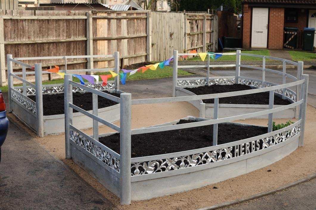 Community Herb Garden - Iden Road Coventry - DIY Streets Sustrans - Thrussells